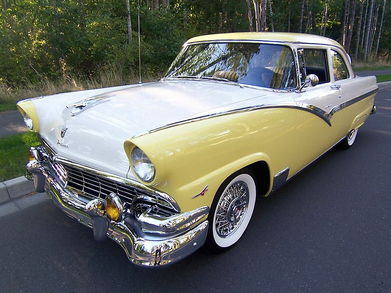 1956 Ford Fairlane Club Sedan - we had this, only in black/white with duel packs-hollywood muffler.....