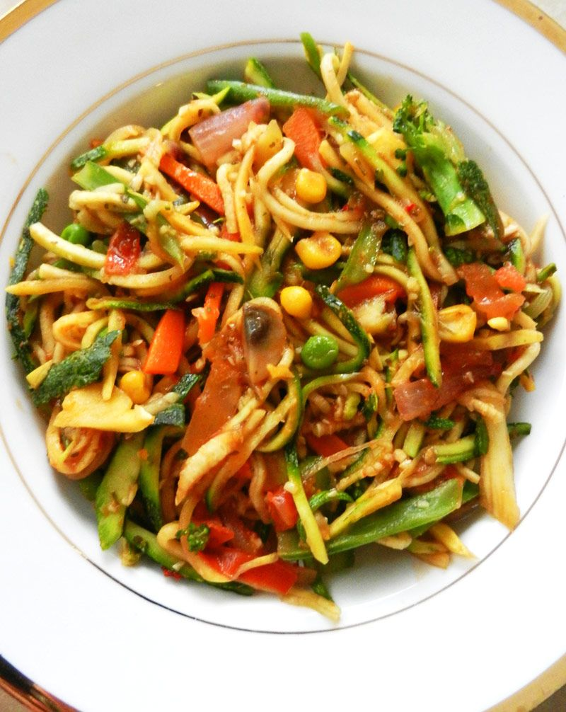 Zucchini pasta is a healthy, grain-free, and low-carb dish. Aalternative to spaghetti! Please click for a full recipe.