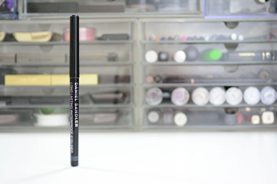 Review: Daniel Sandler Velvet Waterproof Eyeliner in Gray Velvet