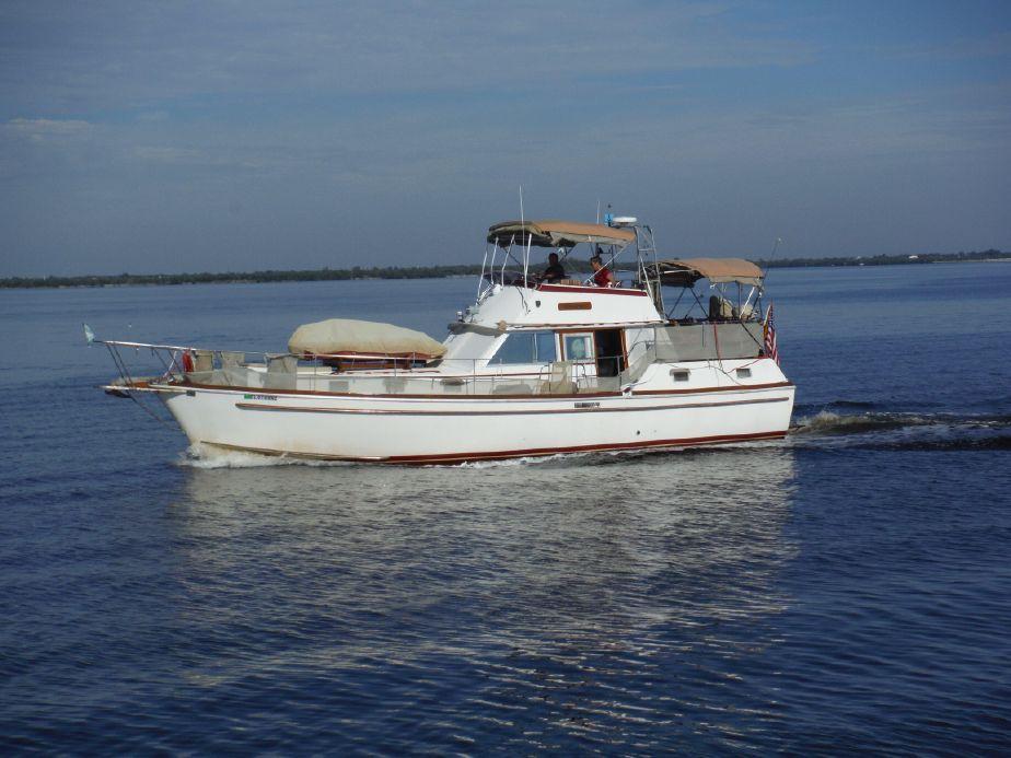 1976 Gulfstar 43 Trawler Mark II Power Boat For Sale - www