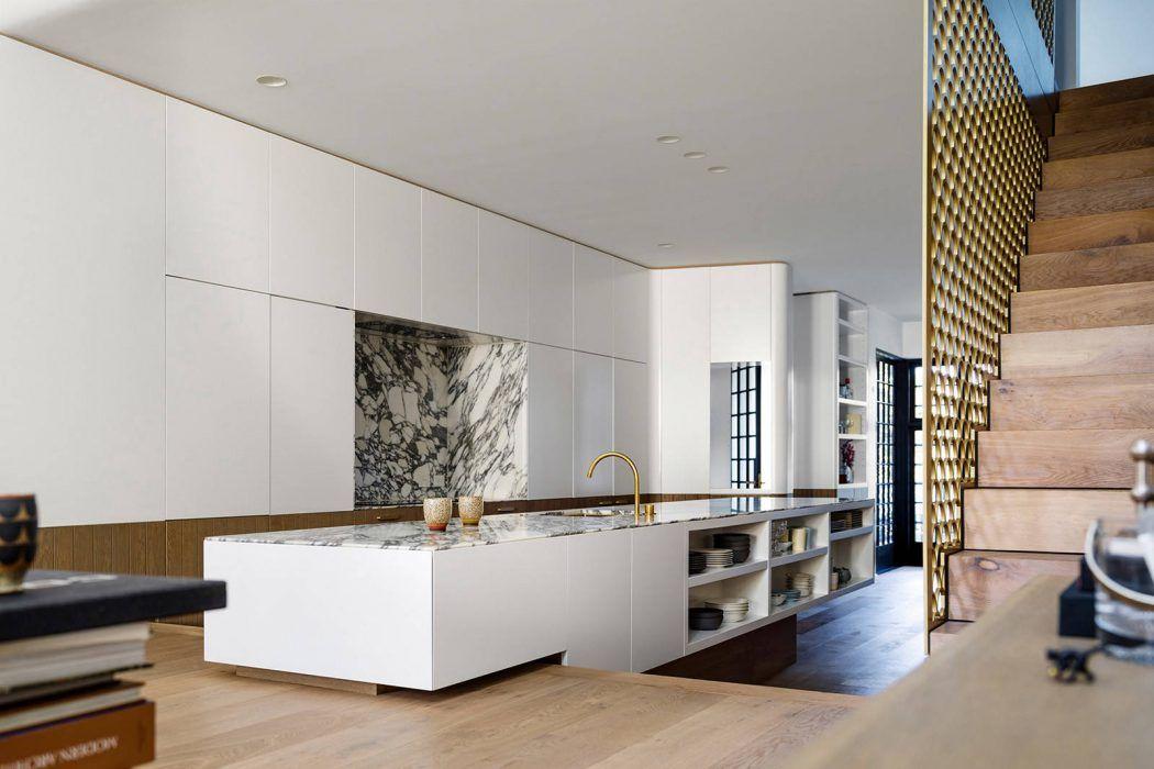Row House by Luigi Rosselli Architects Row