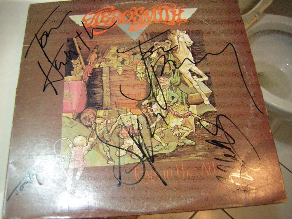 Aerosmith Signed Lp Toys In The Attic Steven Tyler Joe Perry Toys In The Attic Steven Tyler Joe Perry