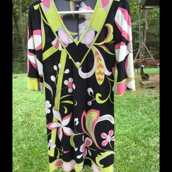 """Selling this """"New Directions 6P floral dress..NWOT"""" in my Poshmark closet! My username is: kennjenn2010. #shopmycloset #poshmark #fashion #shopping #style #forsale #new directions #Dresses & Skirts"""