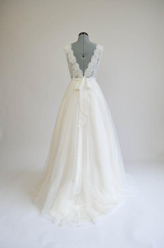 Spitzen-Brautkleid Hochzeitskleid Brautkleid von ELDesignStudio | #1 ...