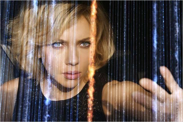 "De anoche. Mi texto de ""Lucy"", cinta de Luc Besson, protagonizada por Scarlett Johansson http://bit.ly/1wBLqAx pic.twitter.com/cAGfXJIqxe"