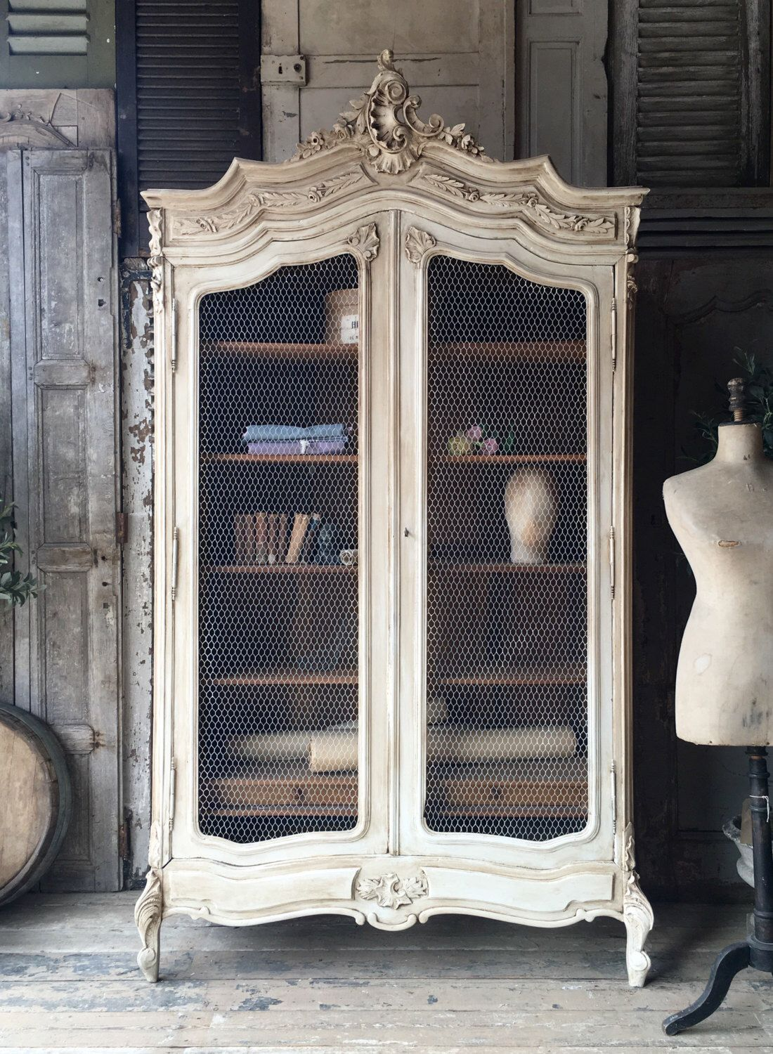 NOW SOLD – Lovely original vintage French Louis XV armoire / linen press / cupboard