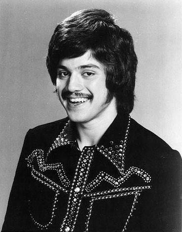 Freddie Prinze Sr Freddie Prinze Jr Carrying On The Legacy Of