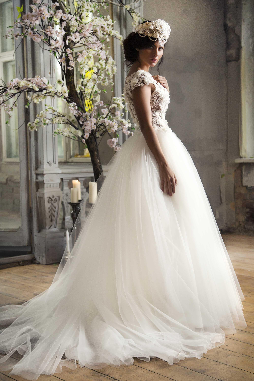 Amazing ball gown wedding dress from Ingrida Bridal