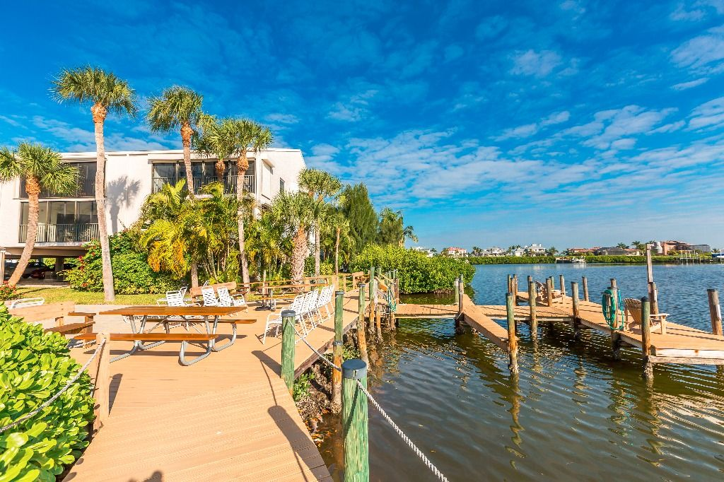 Come stay at island favorite Pelican Landing. Enjoy the ...