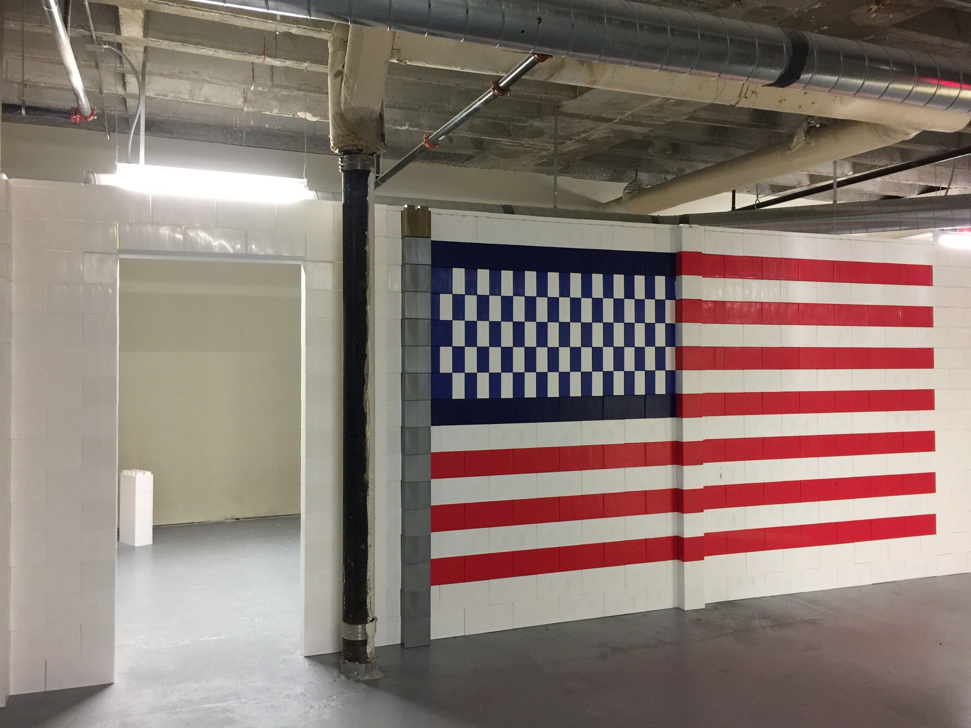 Build full rooms & diving walls with a patriotic flare! #roomdivider