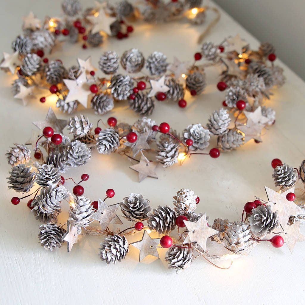 Stars And Red Berries Pine Cone Light Garland