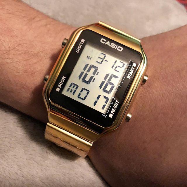 b592597b9c52 Reloj Casio . . Rosa Terminado mate . PRECIO POR DM Y O WHATSAPP (No damos  precios en comentarios muchas veces se pierden entre los …