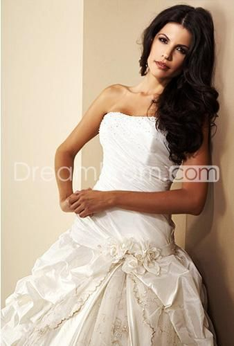 Fancy A-Line/Princess Strapless Chapel Ruched Taffeta Bridal Gowns (3AA0399)
