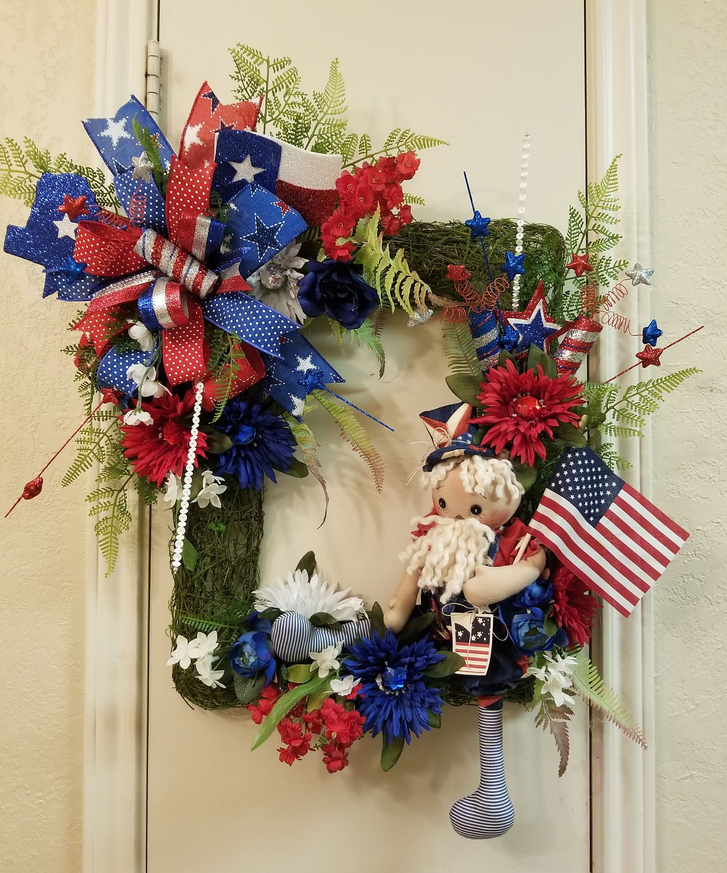 Red White Blue Independence Day Wreath July 4th Wreath Wooden Sign Celebration Grapevine Wreath Uncle Sam Wreath Front Door Wreath