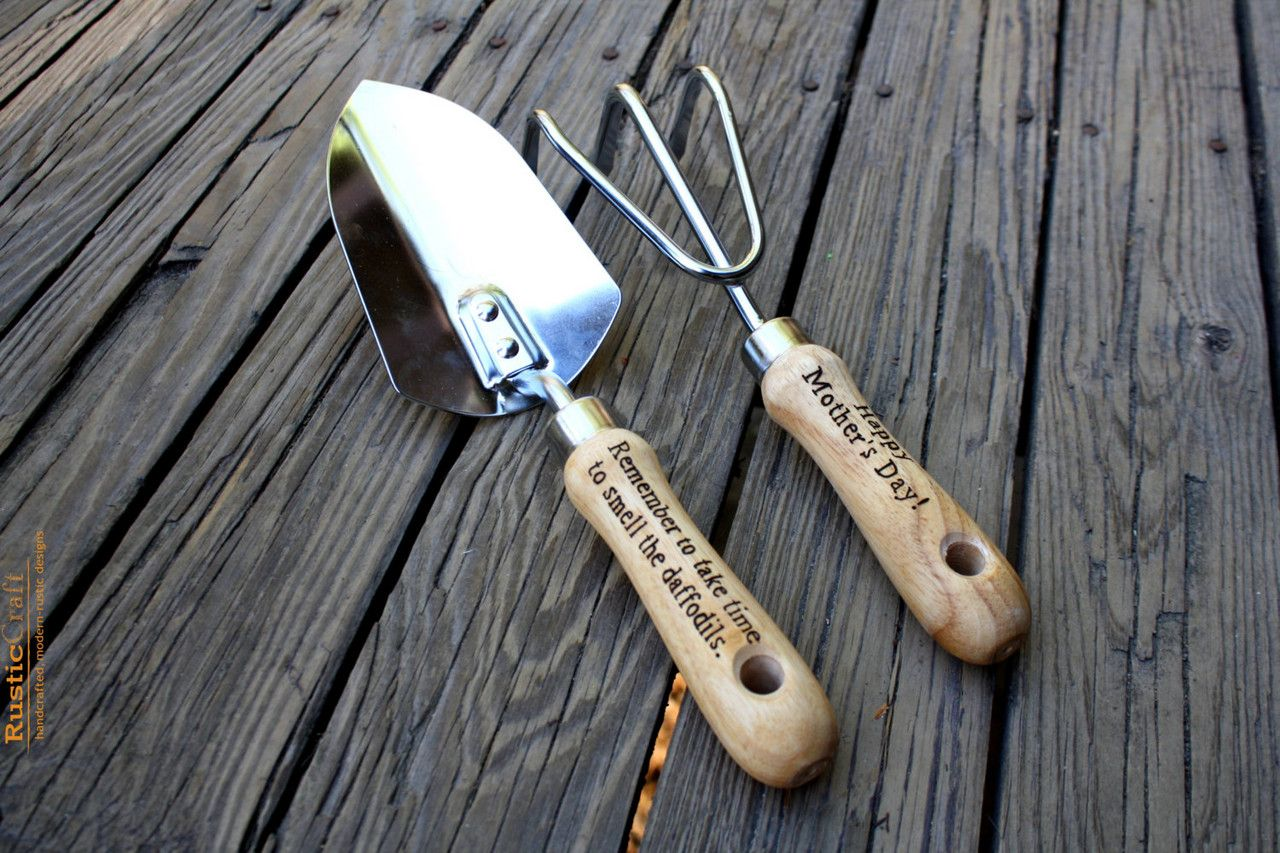 Personalized Garden Tool Set- Hand Trowel- Short Shovel- Engraved Tools - Gardener Gift - Dad Gift- Fathers Day Gift- Hand engraved