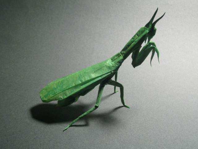 Awesome realistic insects made from one sheet of uncut paper by origami master Brian Chan