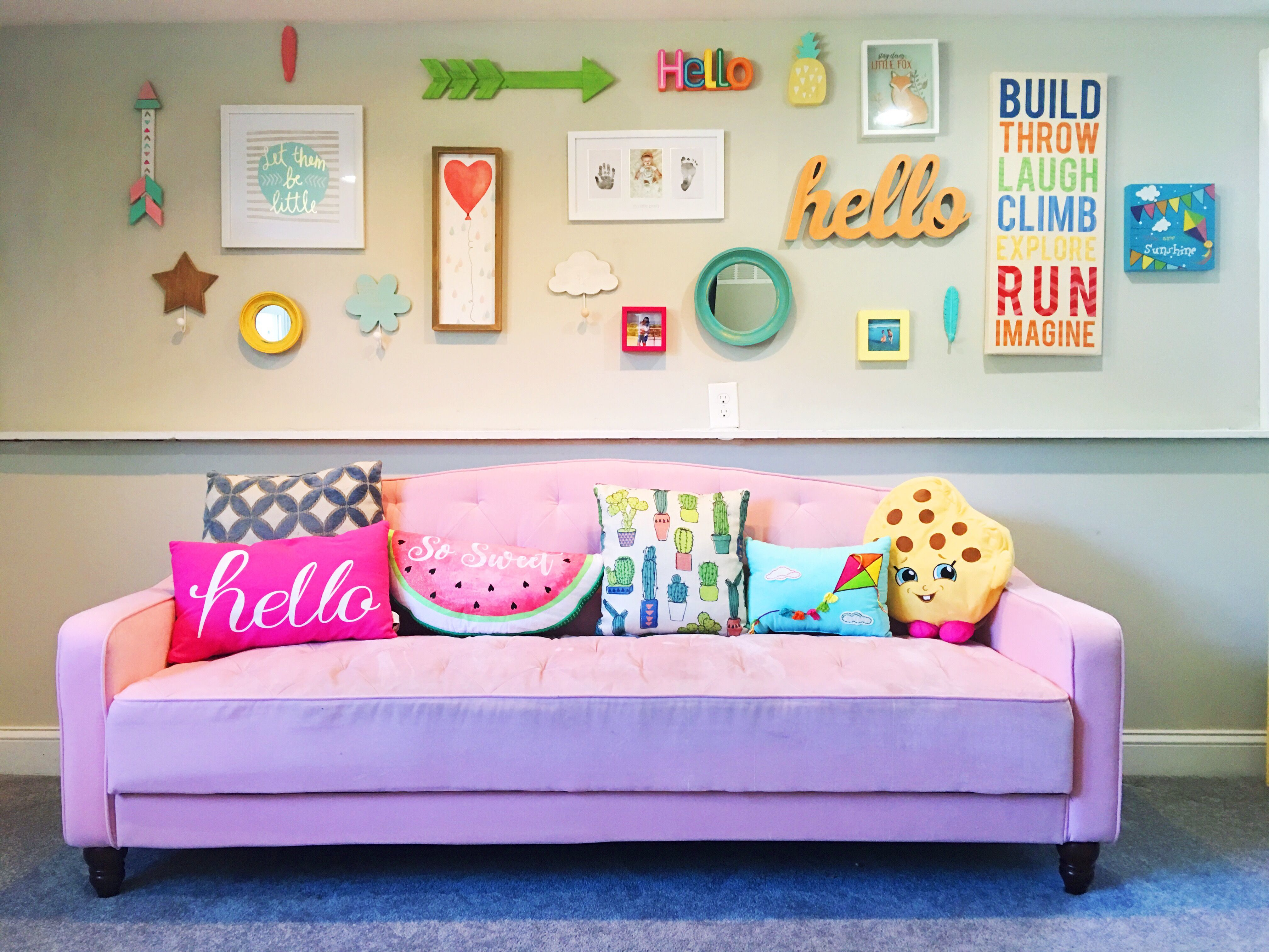 Playroom Couch Pink Decor Room