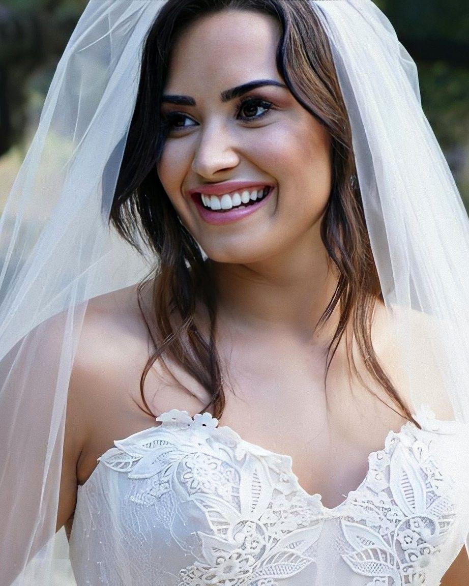 Tell Me You Love Me In 2020 Demi Lovato Demi Lovato