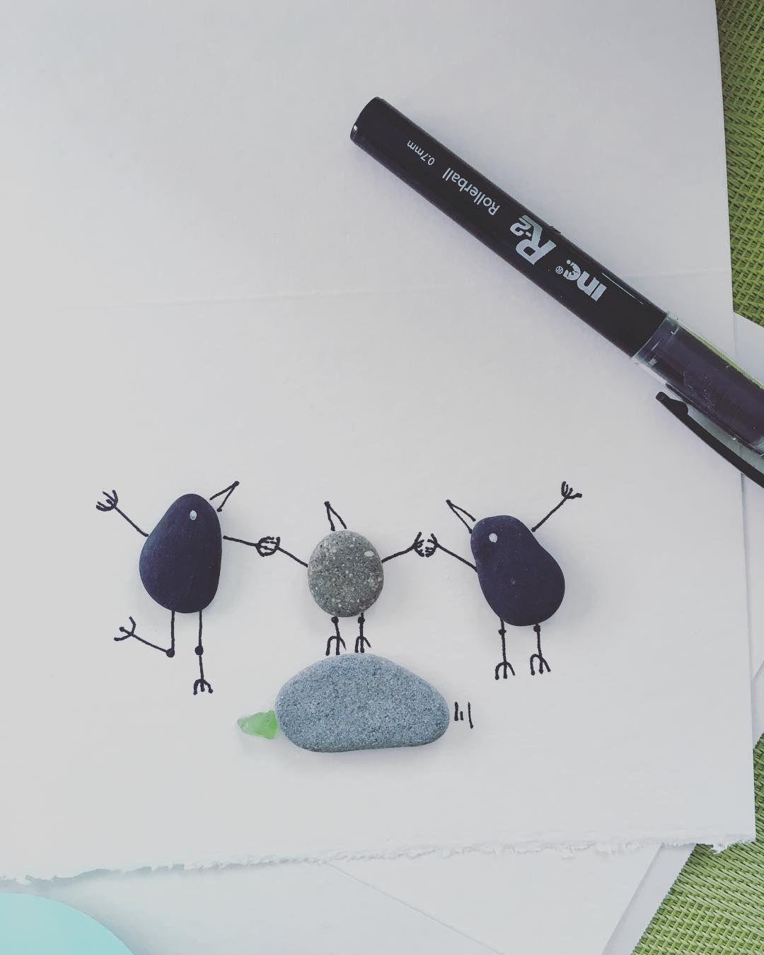 #family #pebbleart #pebblebirds #beachrocks #vanisland #jumpiwillcatchyou #fly #holdinghands #buylocalart #sidneybeaches #seaglass