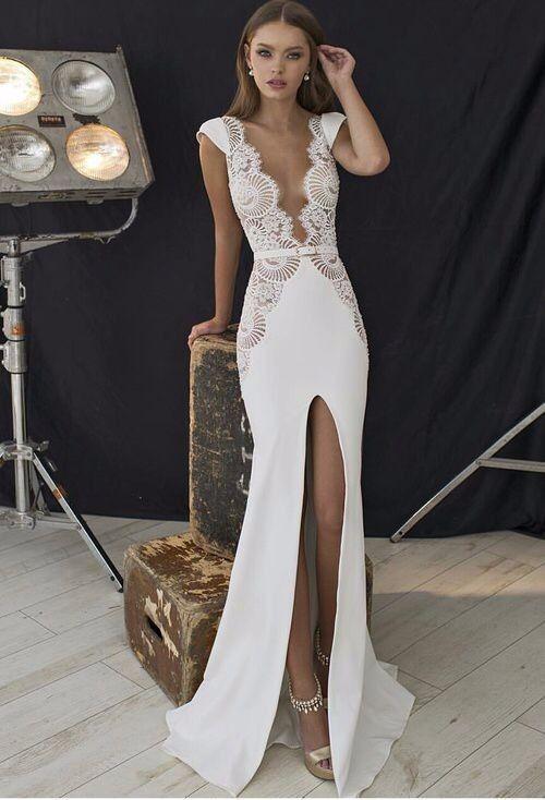 Robe de mariée sexy avec un joli travail en dentelle  e06bbab78