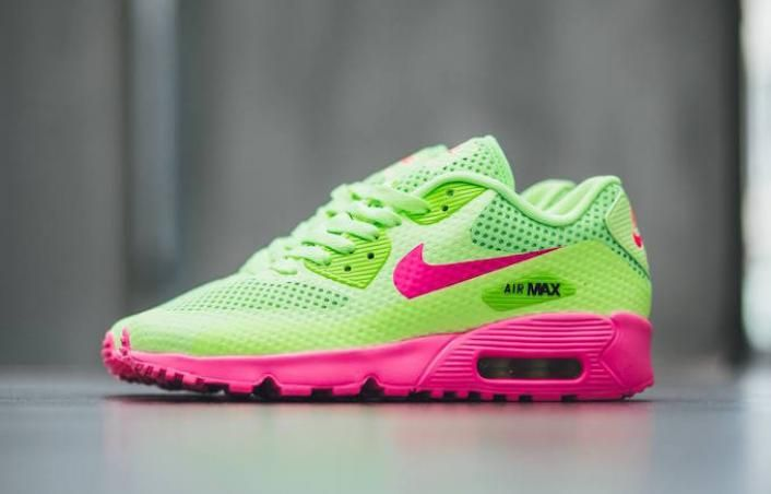 Neck Breakers: The Nike Air Max 90 Breeze Ghost Green   Nike