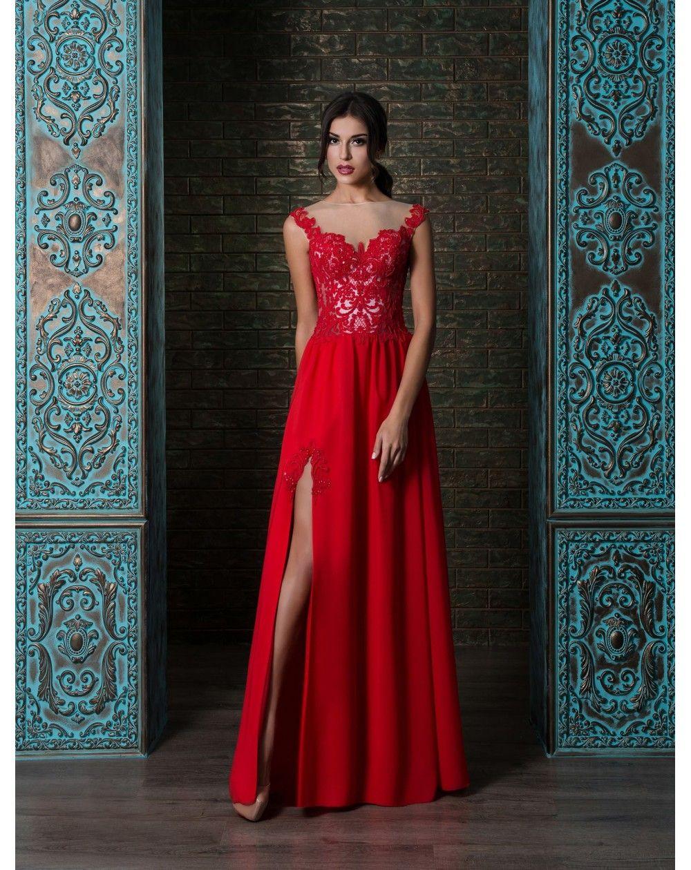 Sexi moderné šaty s čipkovým efektom na živôtiku. Padavá šifónová sukňa s  rozparkom pôsobí veľmi zvodne. 5852d39a4ae