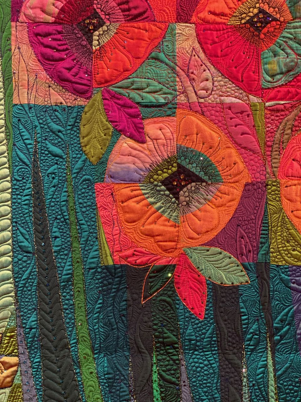 In Full Bloom a Quilt by Claudia Pfeil #modernquiltingdesigns