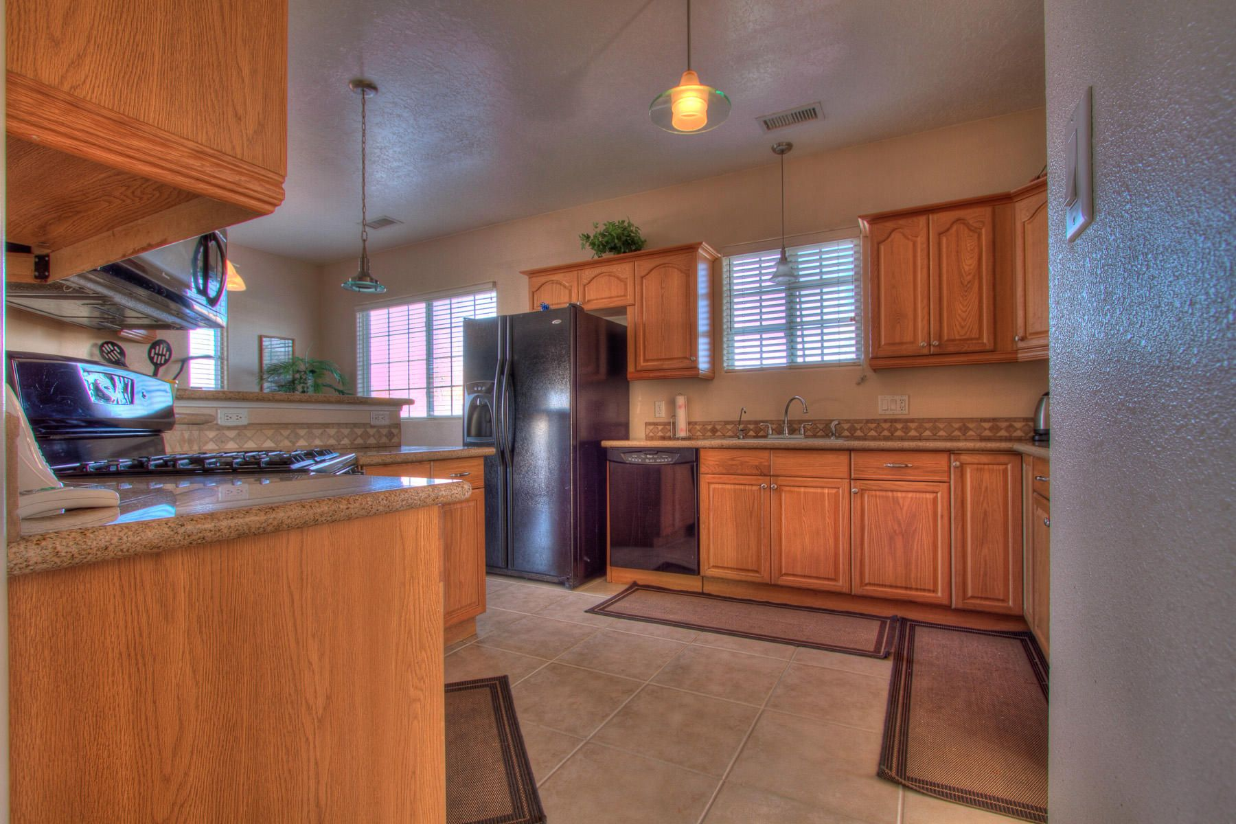 Beautiful Kitchen At 4903 Deborah Ave In Albuquerque New Mexico House For Sale Beautiful Kitchens Mexico House Kitchen