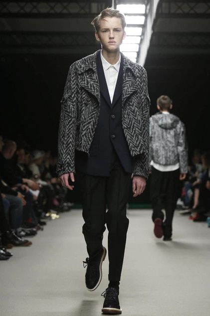 KRISVANASSCHE Menswear Fall Winter 2014 Paris - NOWFASHION