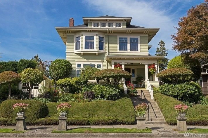 Mt Baker 1909 Victorian craftsman. 3119 37th ave S. Nice yard and inside too.