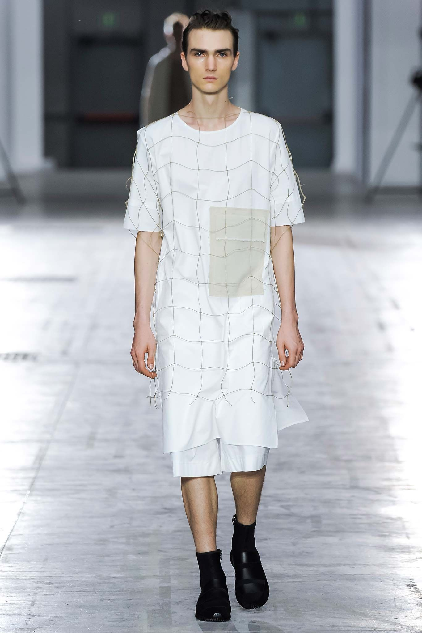 02673bceb662 Damir Doma Spring 2016 Menswear - Collection - Gallery - Style.com ...