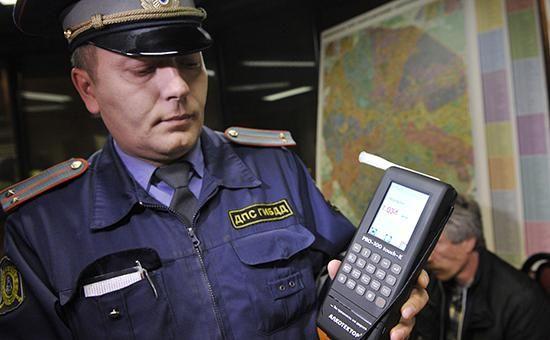 #Reportage24 #Авто   Минздрав предложил обязать пьяных водителей лечиться от алкоголизма   http://puggep.com/2015/08/17/minzdrav-predlojil-obiazat-pia/