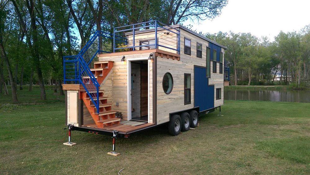 Ski Lodge By Maximus Extreme Living Solutions Tiny Living Tiny House Nation Tiny Mobile House Tiny House On Wheels