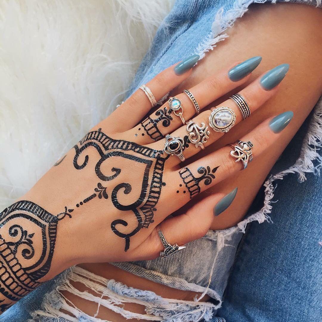 Henna Tattoo Ring Designs: #rings #henna-tattoo #black-henna #nail-paint