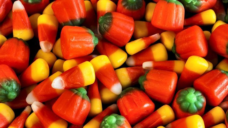 A List of the Best Halloween Wallpapers for Your Computer: Candy Corn by Desktop Nexus