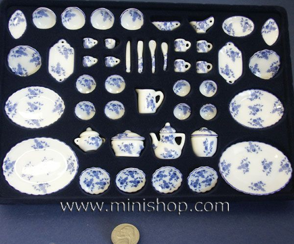Blue Delft Miniature Dinnerware Set 50pcs | Miniature\u0027s Dollhouses and Little Buildings | Pinterest | Delft Dinnerware and Miniatures & Blue Delft Miniature Dinnerware Set 50pcs | Miniature\u0027s Dollhouses ...