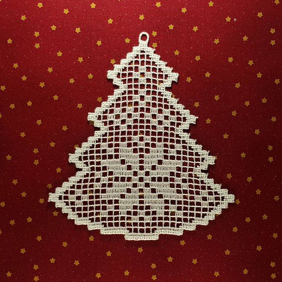 Christmas Tree Machine Embroidery design Freestanding Lace In The Hoop ornament, Instant download #filetcrochet
