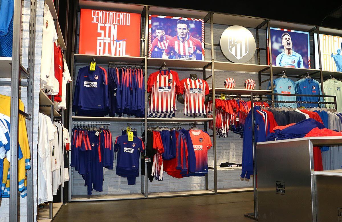 Ven A Visitar Nuestra Tienda De Futbol De Barcelona Aqui