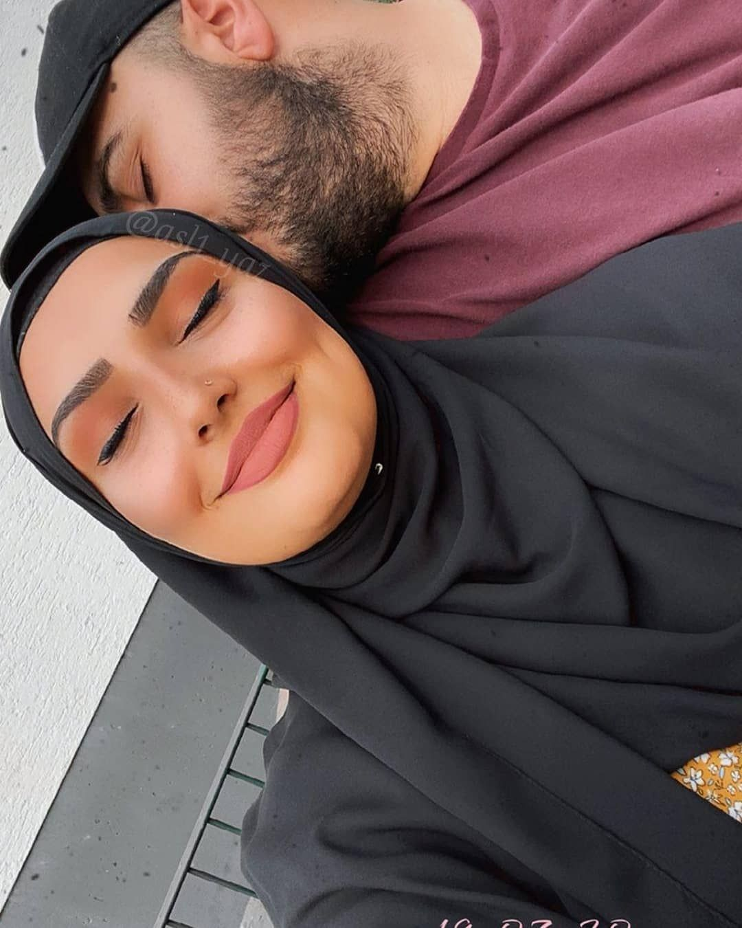 Hijab Muslim Couples On Instagram Asl1 Yaz Asl1 Yaz Hijabmuslim Beautiful Couple Muslim Couples Cute Couples Couples