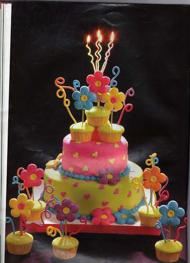 Little Girl's birthday cake ...........