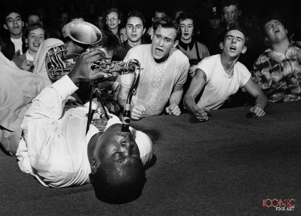 Big Jay McNeely. Give some jizz through your lonely soul.