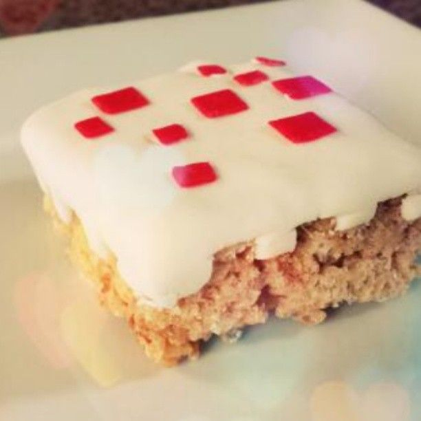 Minecraft cake come to life! :o