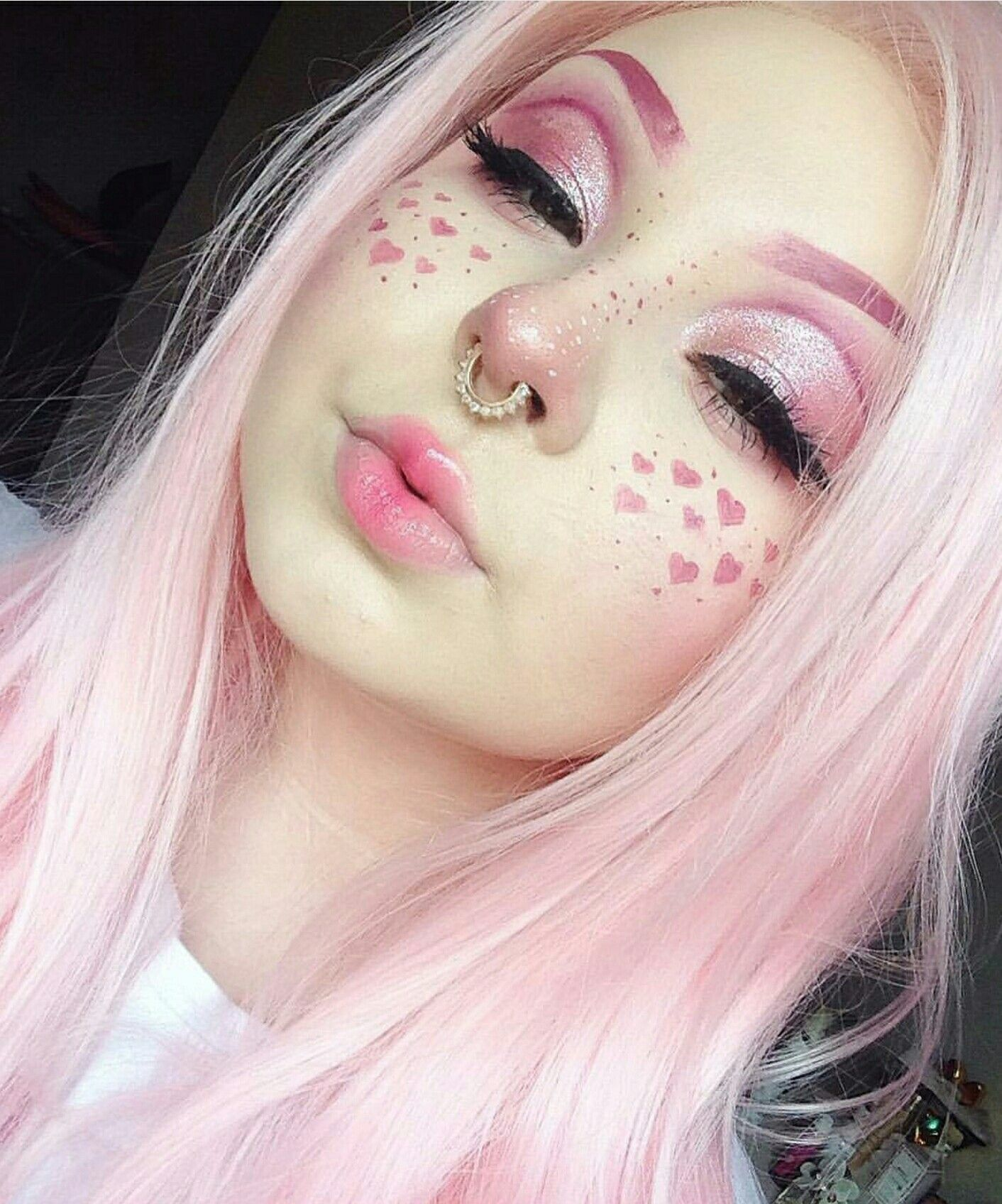 Pin By Merie Herrera On Pink Hair Aesthetic Makeup Pastel Goth Makeup Goth Makeup