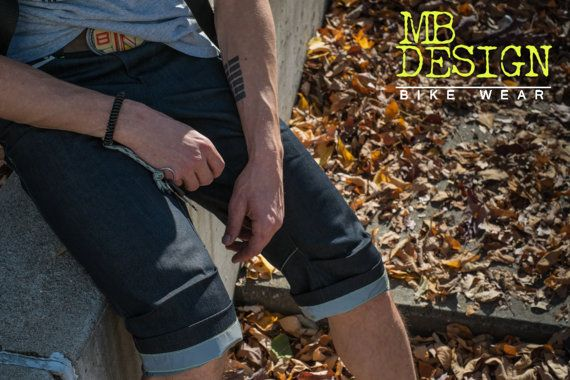 ALIX 2014 is a men 3/4 pant for cycling in by MBDesignBikeWear