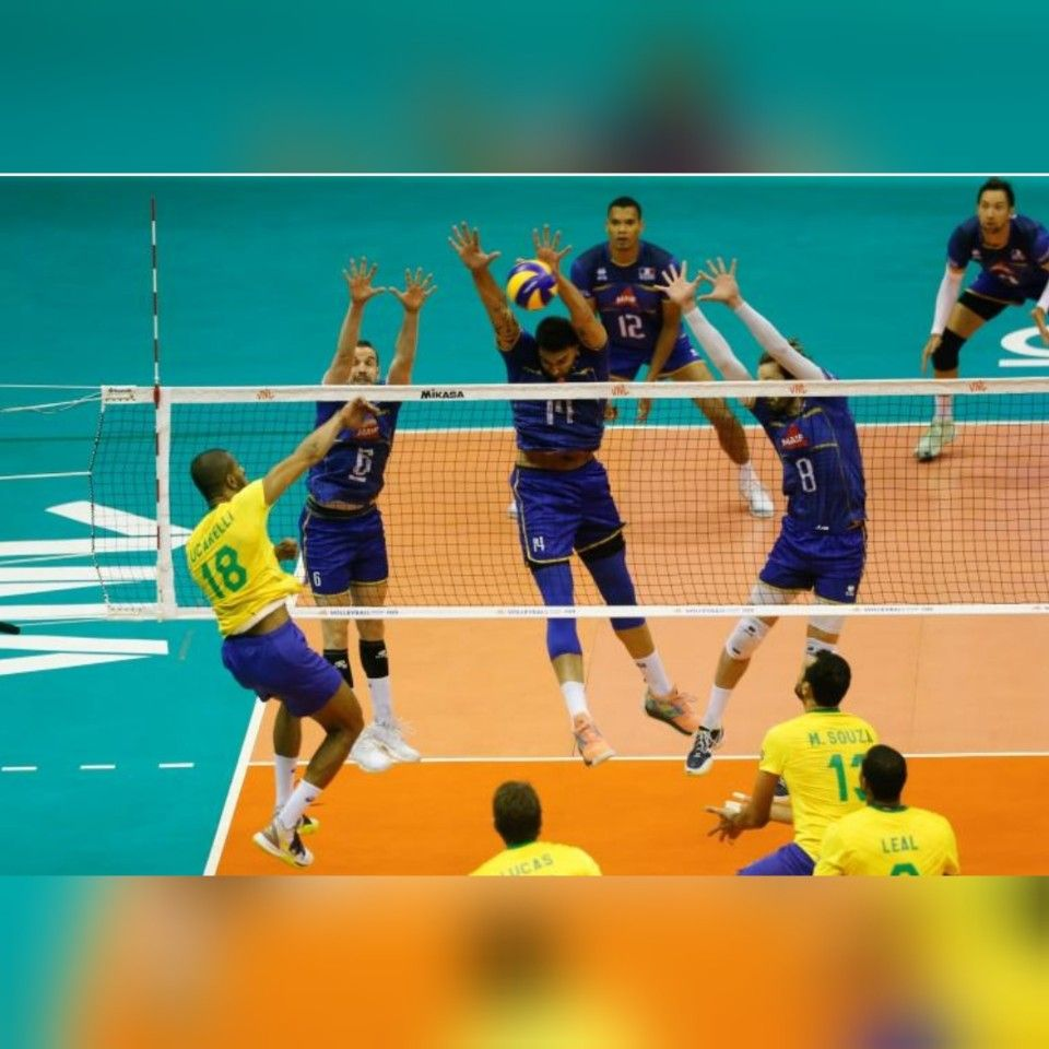 France Beaten By Brazil 1 3 In The League Of Nations Remains In The Race For The Finals Brazil Volleyball Team Sport English Volleyball Team