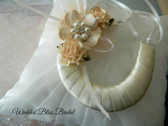 Wedding Bridal Good Luck Charm Satin Lace Horseshoe Diamante Roses Keepsake
