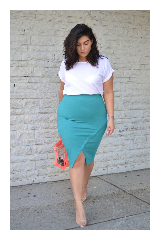 410df724fc4 Luce una falda lápiz de la manera más elegante  TiZKKAmoda  fashion  skirt   inspiración  lookoftheday  lookdodia  faldas  lapiz