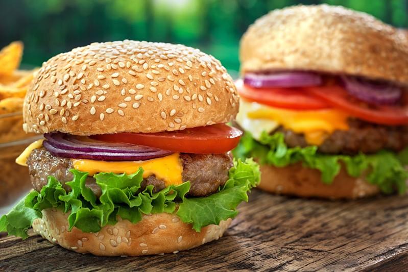 Ricetta Hamburger Ramsey.Cheeseburger Ricetta Ricette Burger Gordon Ramsay