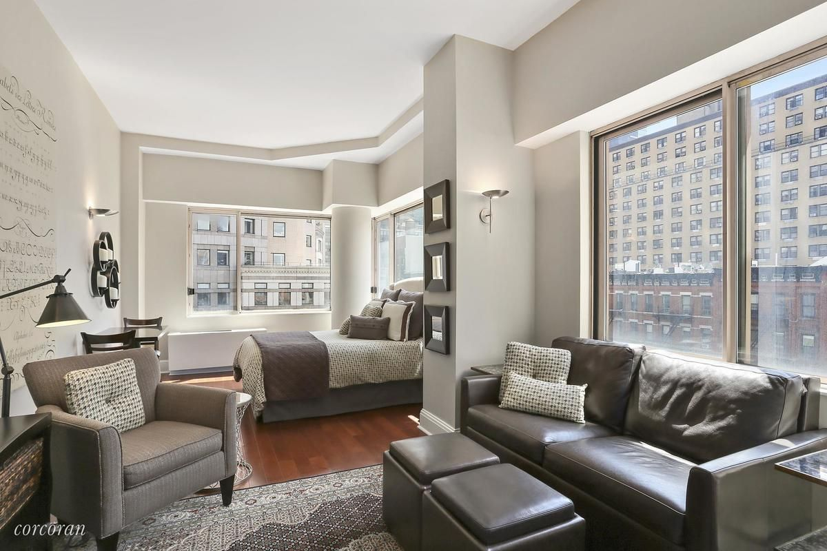 New York City Manhattan Studio Apartment 6k Worldwide Plaza 350 West 50th Stree Manhattan Studio Apartments Apartment Design Living Room Decor Apartment