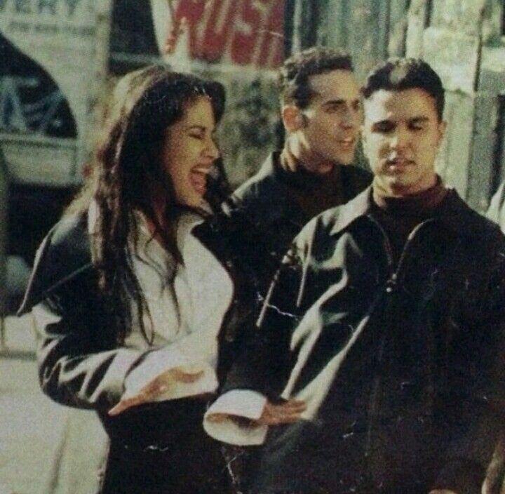 Donde Quiera Que Estés Selena and the Barrio Boys